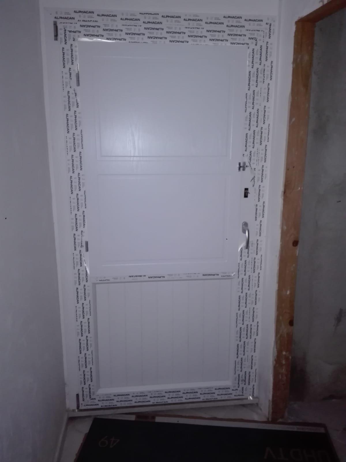 realizzazione porta cornice